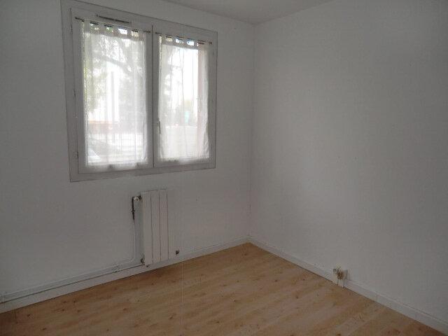 Appartement à vendre 3 67.17m2 à Clamart vignette-5