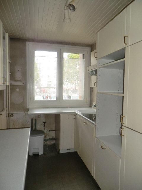 Appartement à vendre 3 67.17m2 à Clamart vignette-7