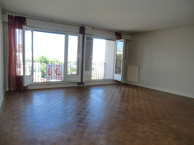 Appartement à vendre 4 76.78m2 à Vanves vignette-3