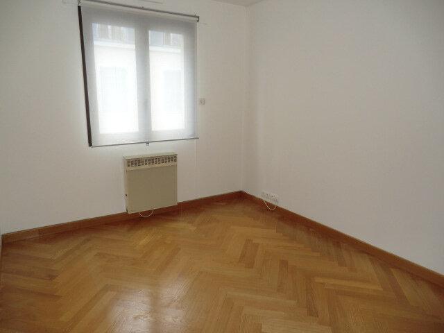 Appartement à louer 4 101.2m2 à Vanves vignette-6