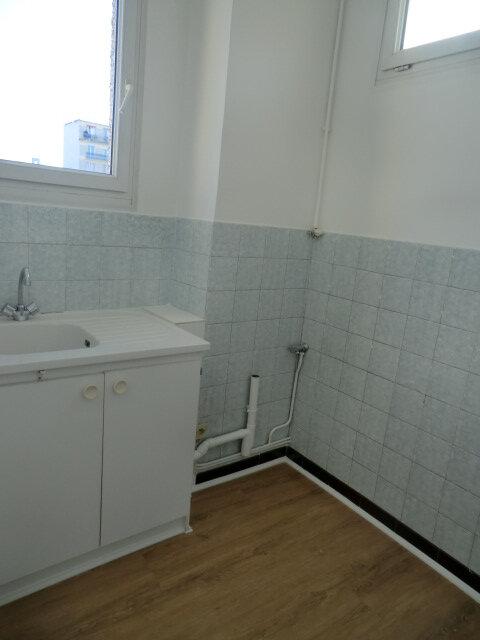 Appartement à louer 2 33.21m2 à Vanves vignette-3