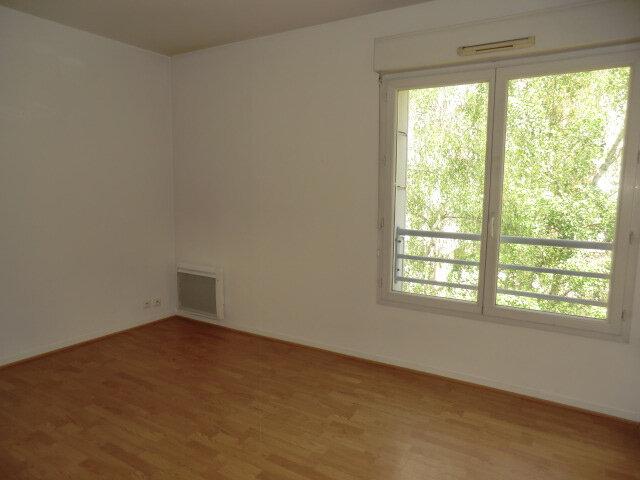 Appartement à louer 2 41.68m2 à Vanves vignette-4