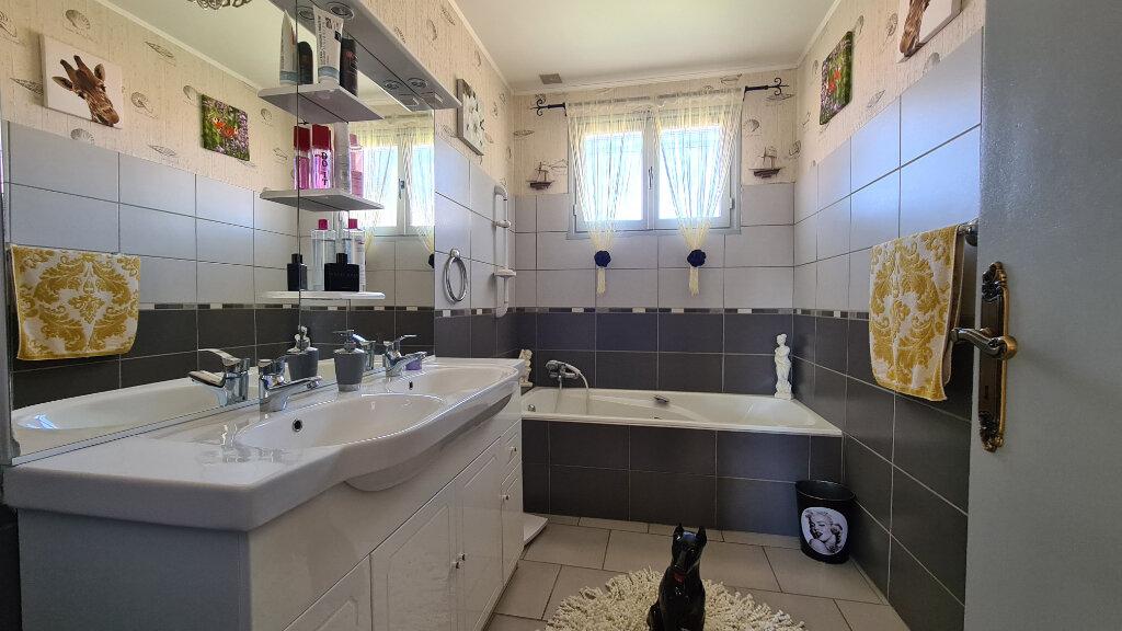 Maison à vendre 5 166m2 à Bompas vignette-5