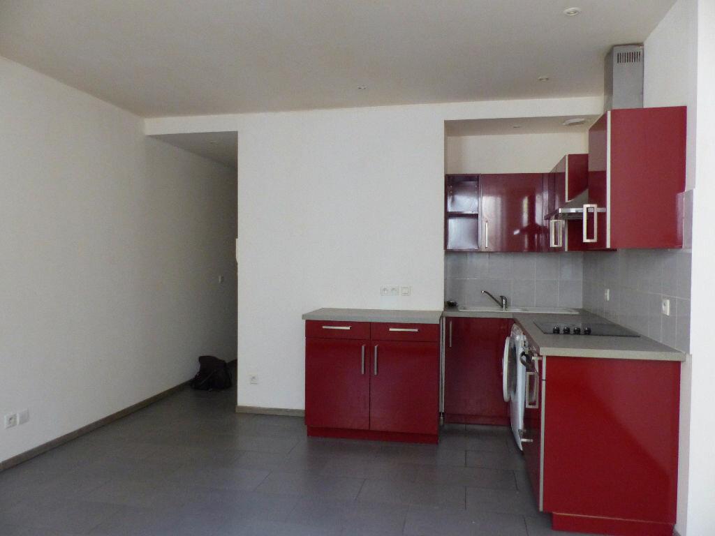 Appartement à louer 2 39.34m2 à Rivesaltes vignette-3