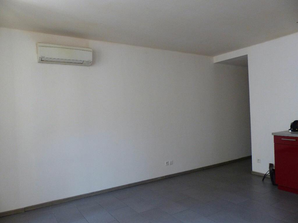 Appartement à louer 2 39.34m2 à Rivesaltes vignette-7