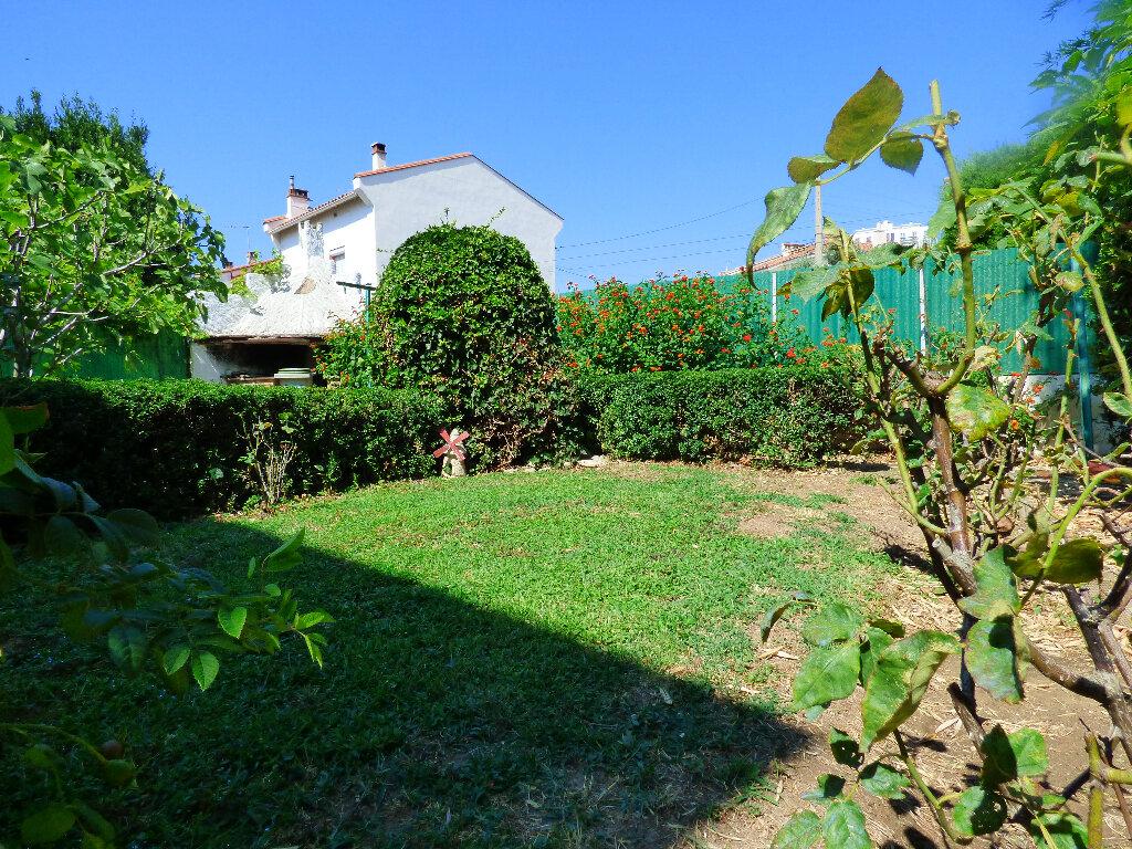 Maison à vendre 5 115m2 à Perpignan vignette-5