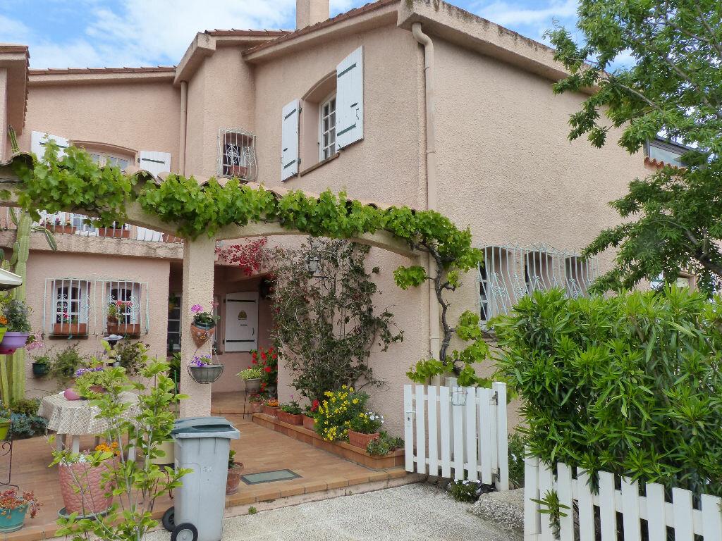 Maison à vendre 10 250m2 à Pia vignette-9