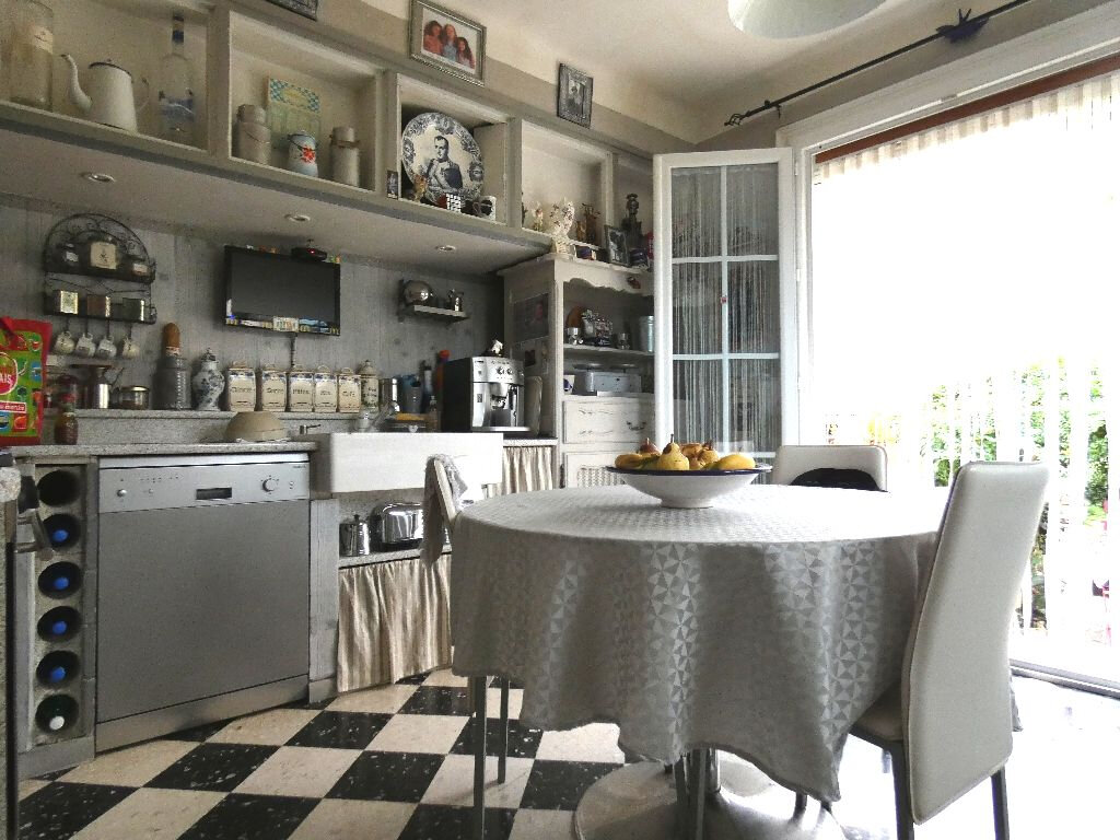 Maison à vendre 4 105m2 à Perpignan vignette-8