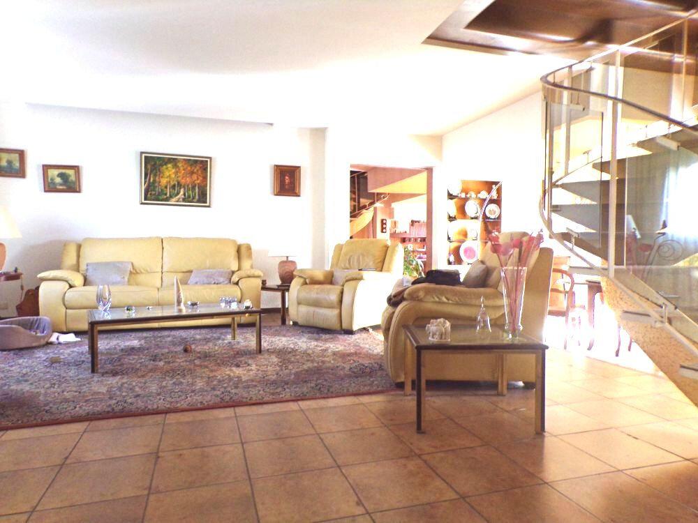 Maison à vendre 7 165m2 à Perpignan vignette-4