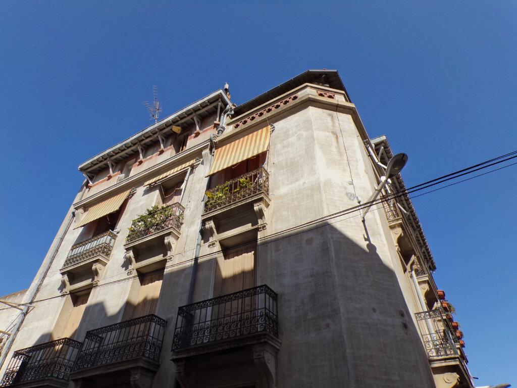 Appartement à vendre 3 75m2 à Perpignan vignette-1