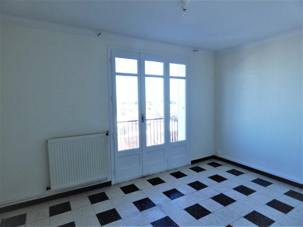 Appartement à louer 2 65m2 à Perpignan vignette-4