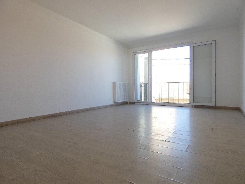 Appartement à louer 4 85m2 à Perpignan vignette-5