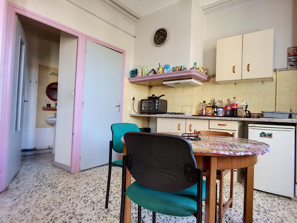 Appartement à vendre 2 26m2 à Rivesaltes vignette-2