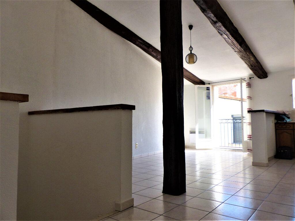 Appartement à louer 2 45m2 à Rivesaltes vignette-2