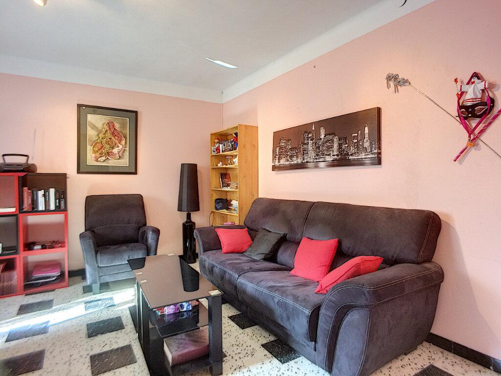 Maison à vendre 3 81m2 à Estagel vignette-5
