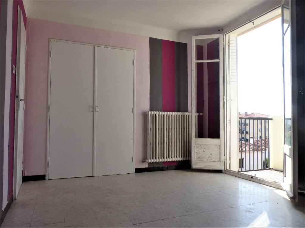 Appartement à louer 3 66m2 à Perpignan vignette-4