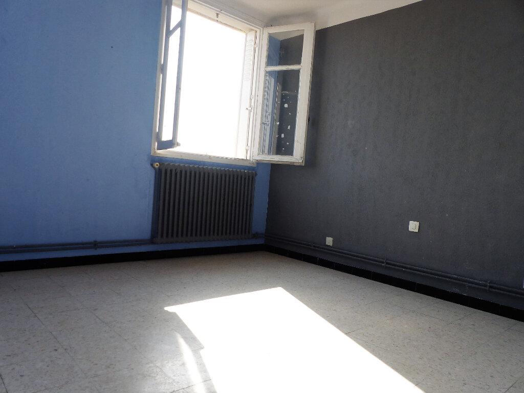 Appartement à louer 3 66m2 à Perpignan vignette-7