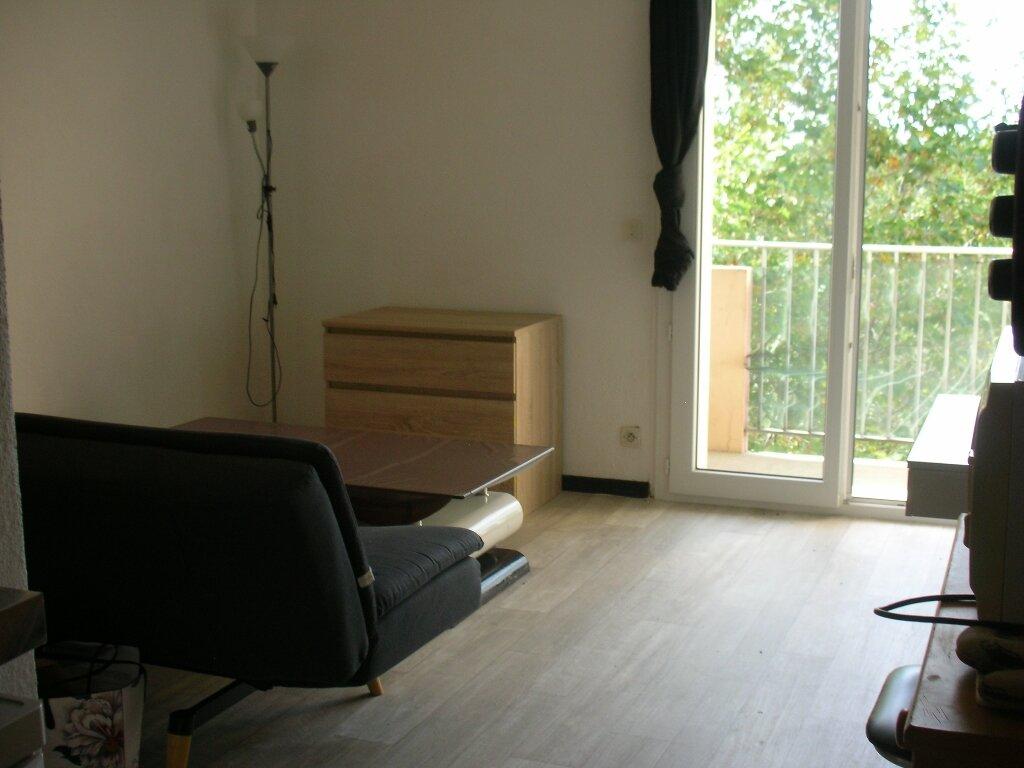Appartement à louer 1 18m2 à Perpignan vignette-3