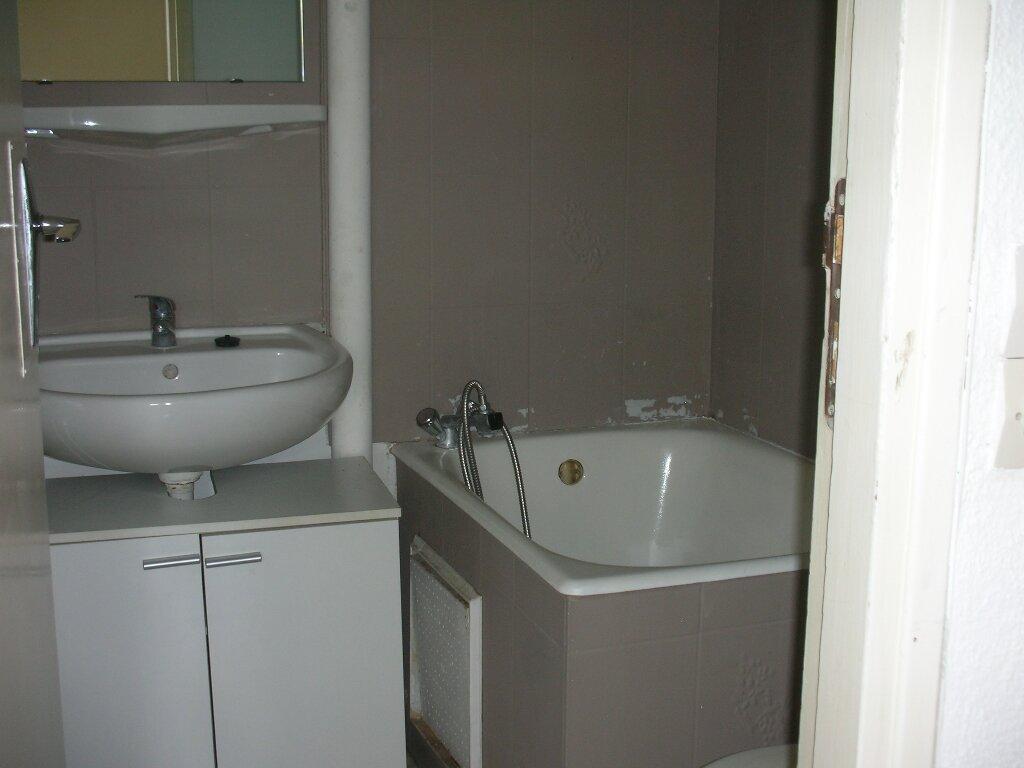 Appartement à louer 1 18m2 à Perpignan vignette-4