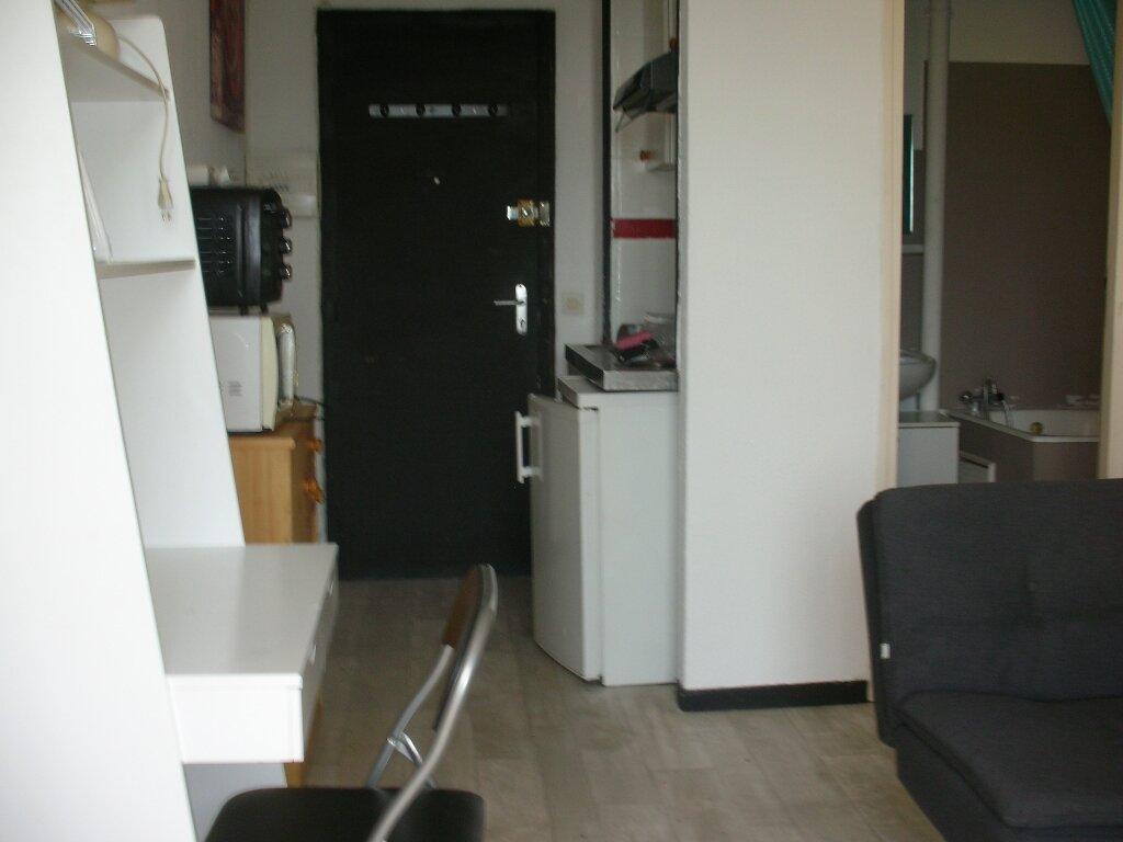 Appartement à louer 1 18m2 à Perpignan vignette-8