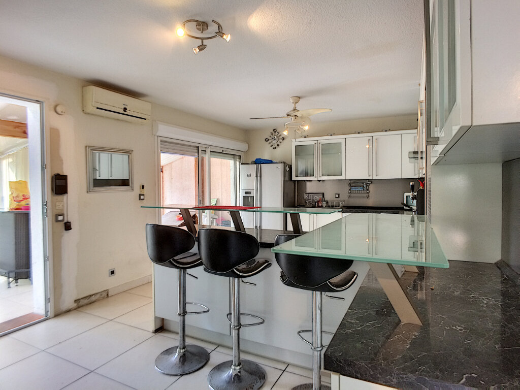 Maison à vendre 4 103m2 à Rivesaltes vignette-5