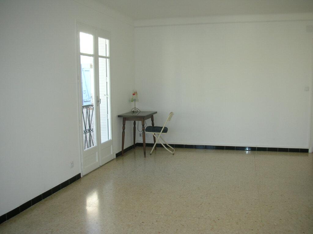 Appartement à louer 2 53.49m2 à Pia vignette-2