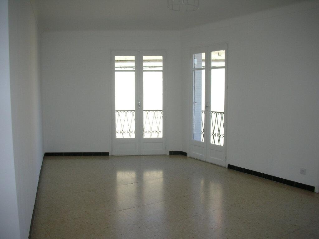 Appartement à louer 2 53.49m2 à Pia vignette-3