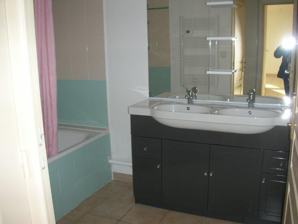 Appartement à louer 4 70.94m2 à Perpignan vignette-9