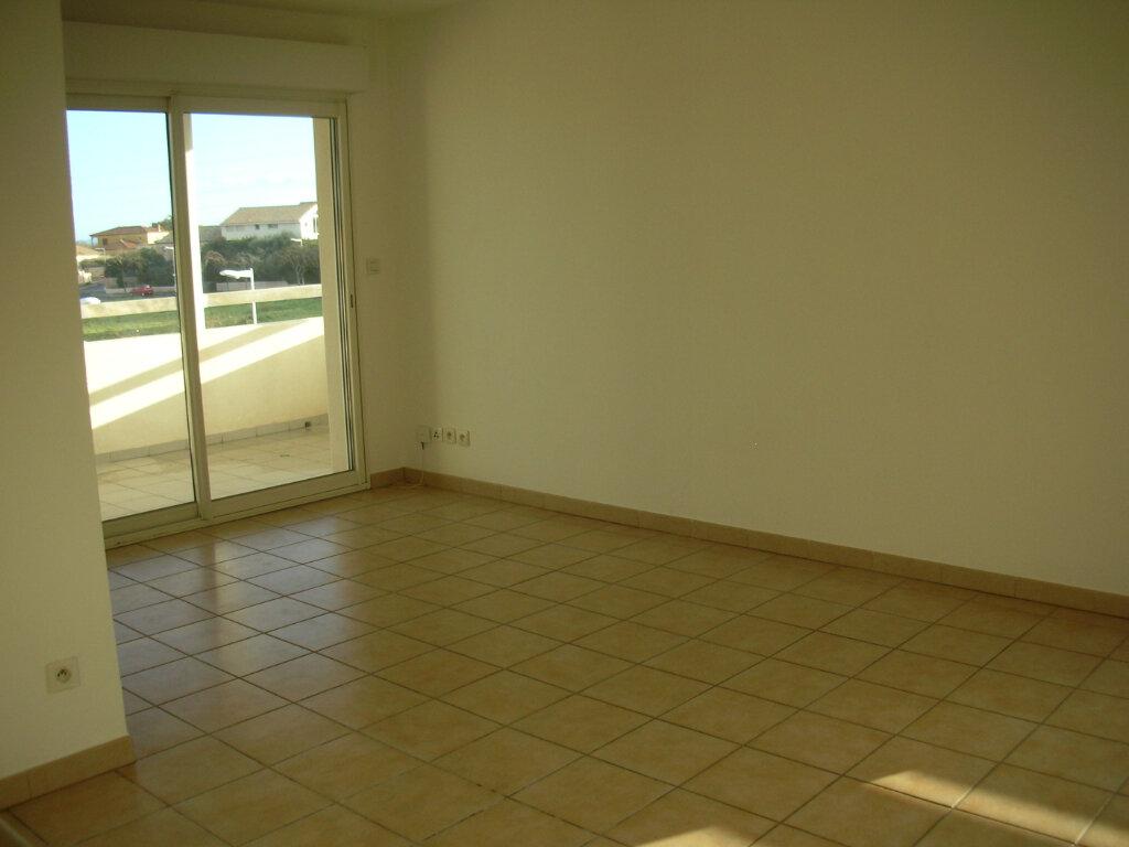 Appartement à louer 4 70.94m2 à Perpignan vignette-10