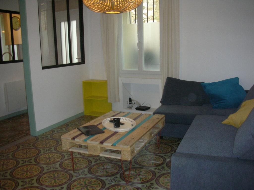 Maison à louer 3 85m2 à Saint-Hippolyte vignette-6
