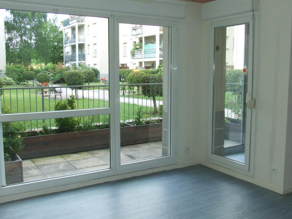 Appartement à louer 1 29.16m2 à Lognes vignette-2