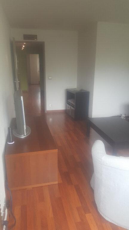 Appartement à louer 1 11m2 à Champs-sur-Marne vignette-2