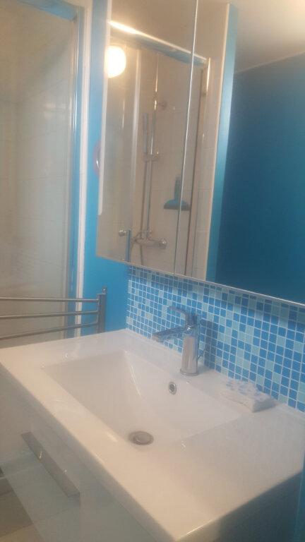 Appartement à louer 1 11m2 à Champs-sur-Marne vignette-16
