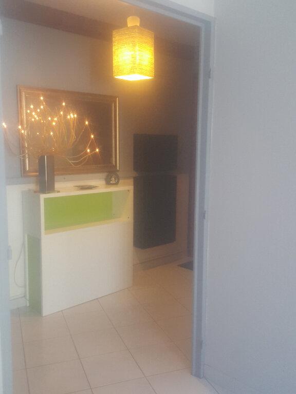 Appartement à louer 3 67m2 à Champs-sur-Marne vignette-4