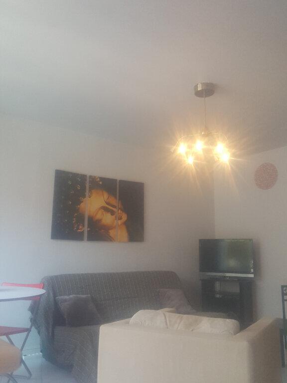 Appartement à louer 3 67m2 à Champs-sur-Marne vignette-7