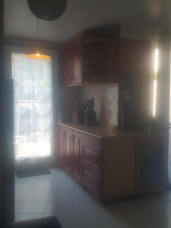 Appartement à louer 3 67m2 à Champs-sur-Marne vignette-8