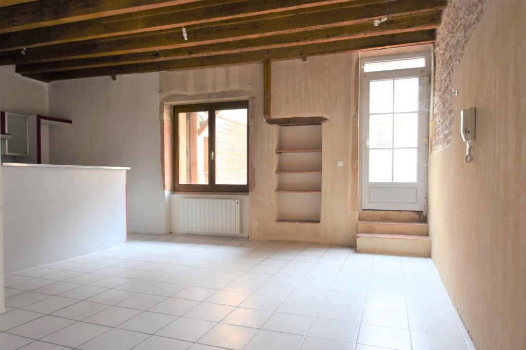 Appartement à louer 3 58m2 à Mâcon vignette-1