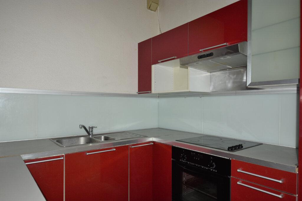 Appartement à louer 3 58m2 à Mâcon vignette-3