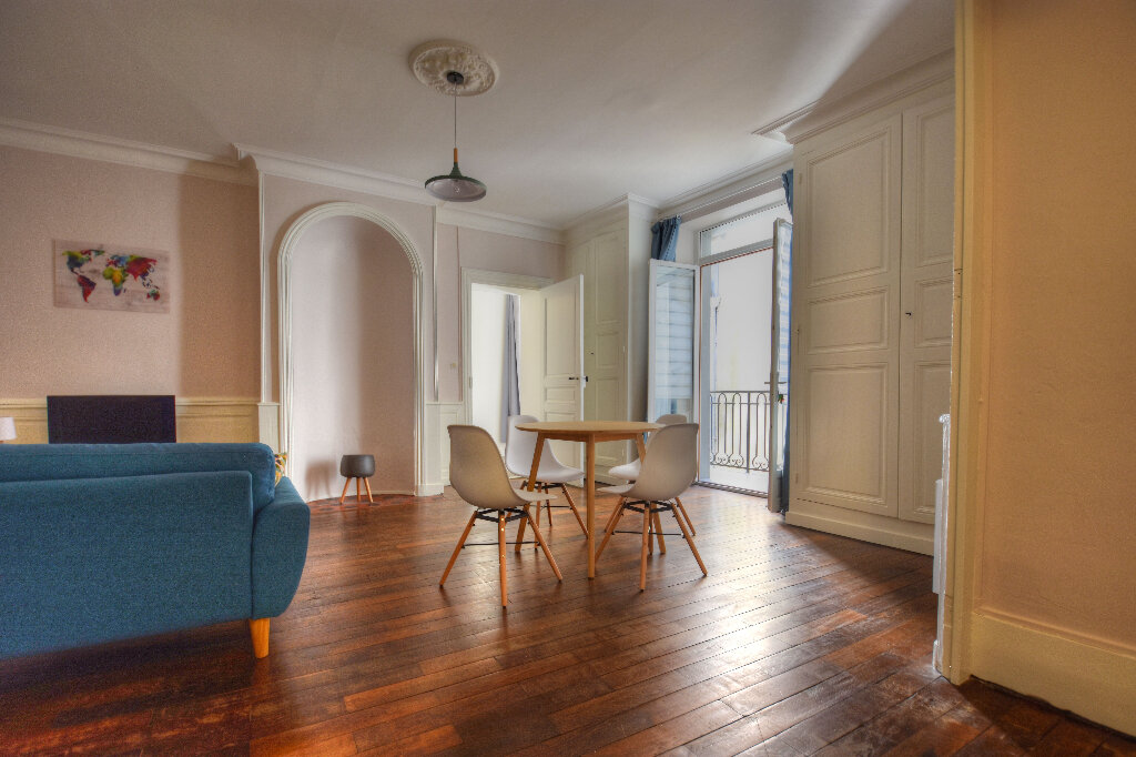 Appartement à louer 2 47.09m2 à Mâcon vignette-2