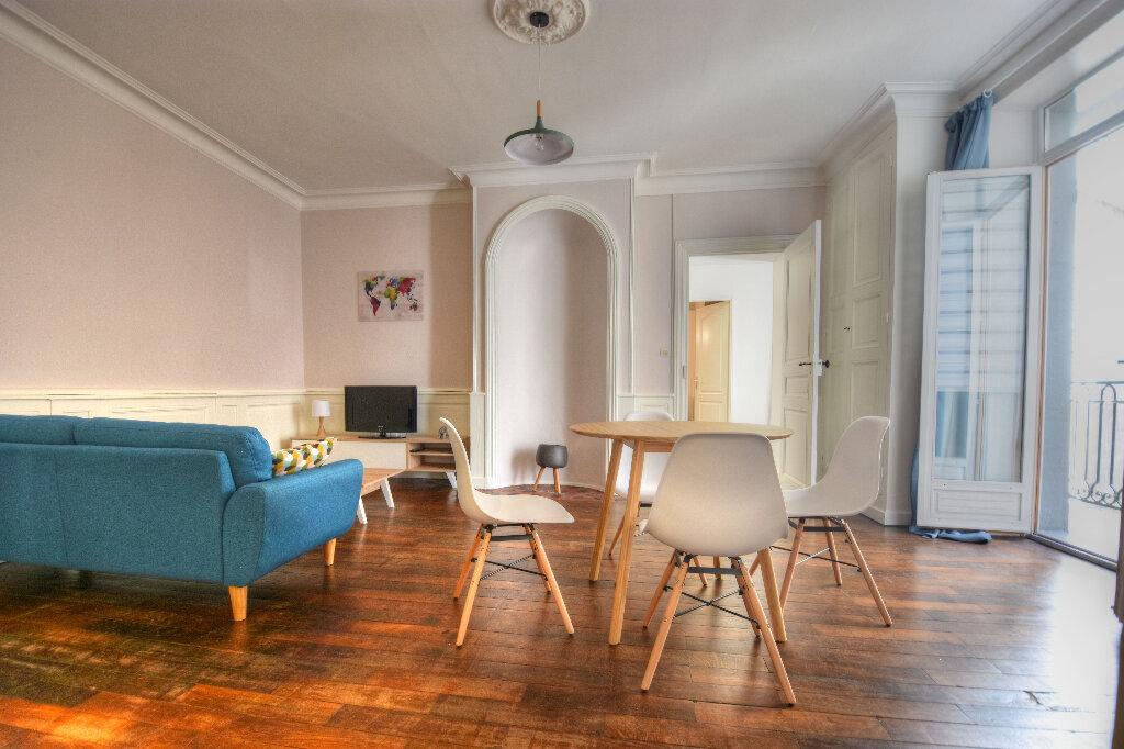 Appartement à louer 2 47.09m2 à Mâcon vignette-3