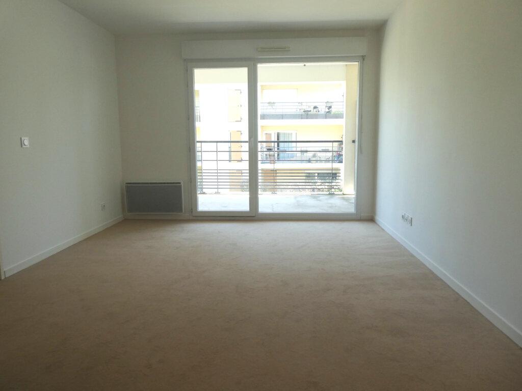Appartement à louer 2 38.5m2 à Épinay-sur-Orge vignette-2