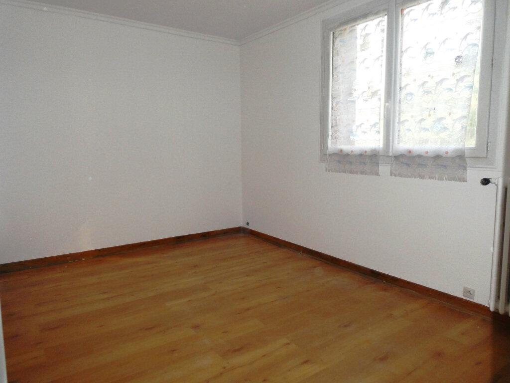 Appartement à louer 3 68.46m2 à Wissous vignette-2