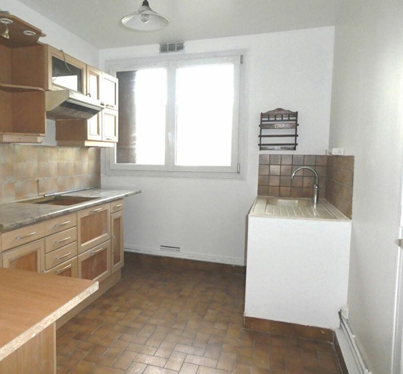Appartement à louer 3 68.46m2 à Wissous vignette-3