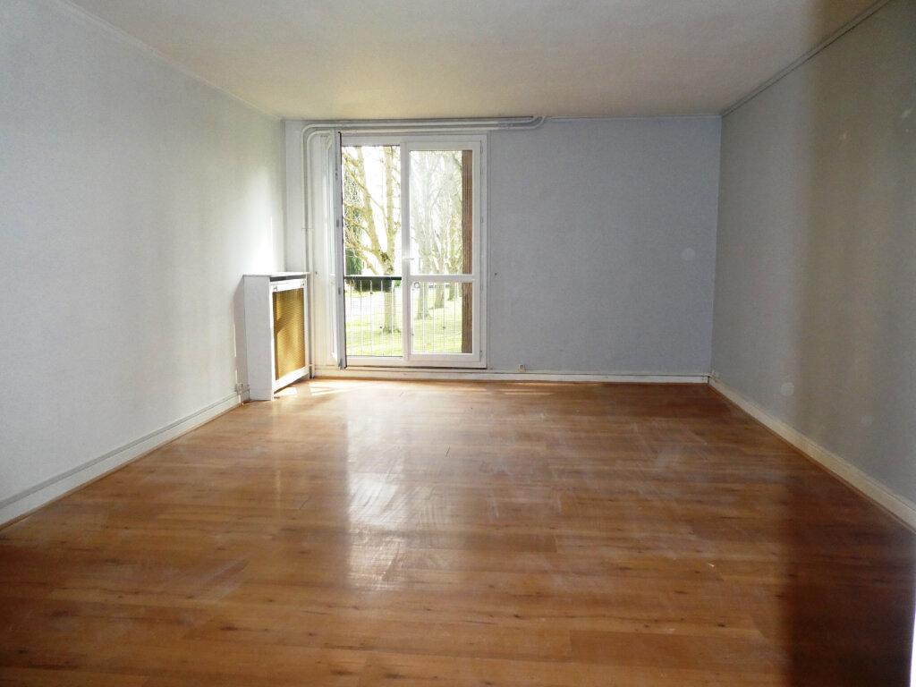 Appartement à louer 3 68.46m2 à Wissous vignette-4