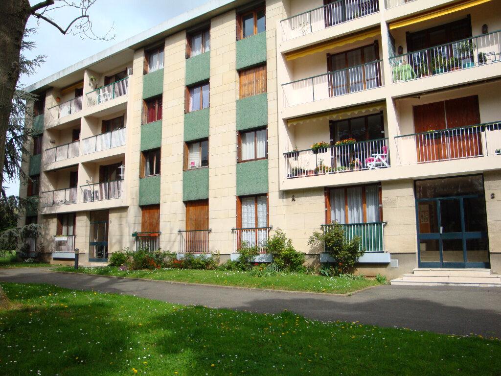 Appartement à louer 3 68.46m2 à Wissous vignette-6