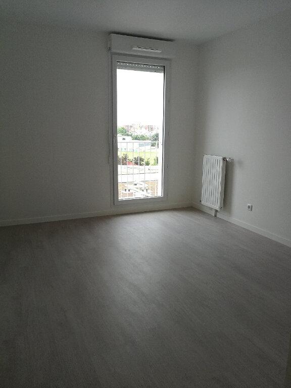 Appartement à louer 3 57.3m2 à Évry vignette-4