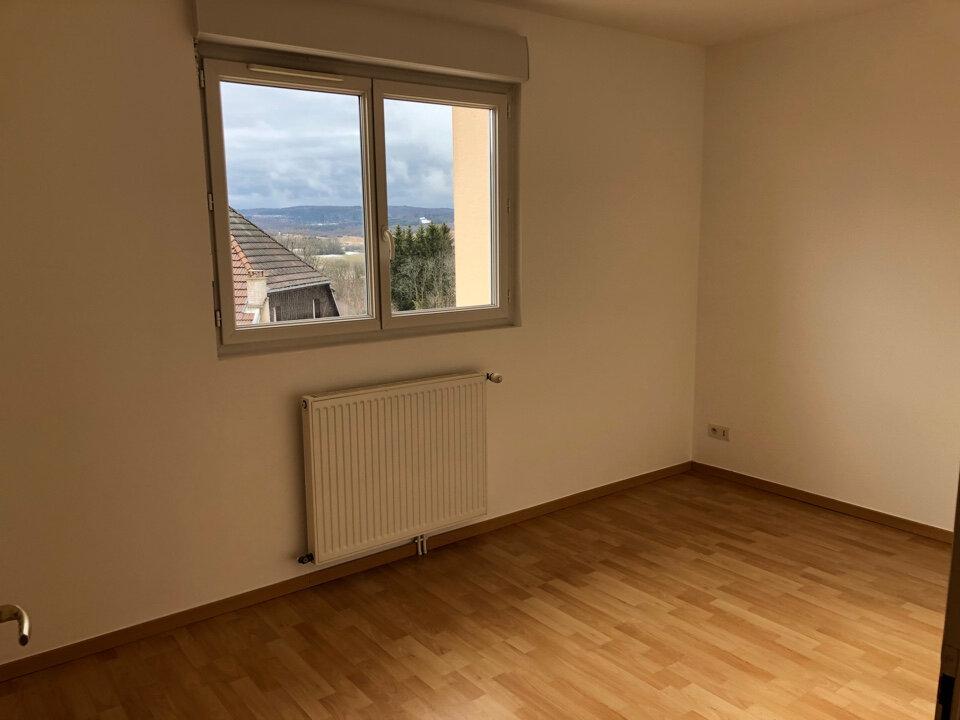 Appartement à louer 3 55m2 à Hauteville-Lompnes vignette-4