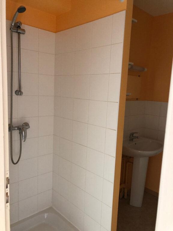 Appartement à louer 3 55m2 à Hauteville-Lompnes vignette-6