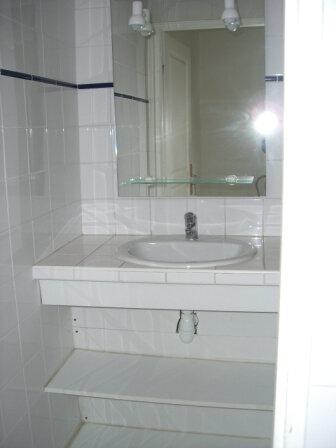 Appartement à louer 3 67.83m2 à Bourg-en-Bresse vignette-6