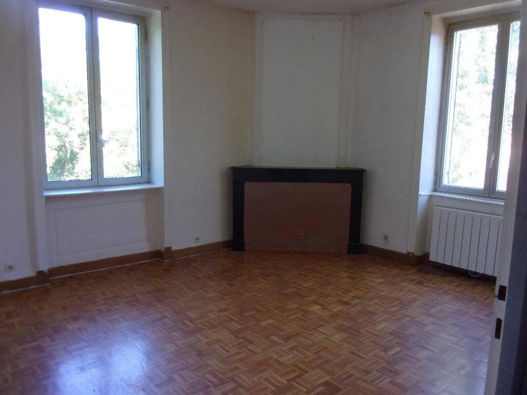 Appartement à louer 3 71.07m2 à Ceyzériat vignette-3
